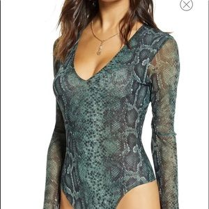 Socialite XS Mesh V-Neck Body Suit NWT